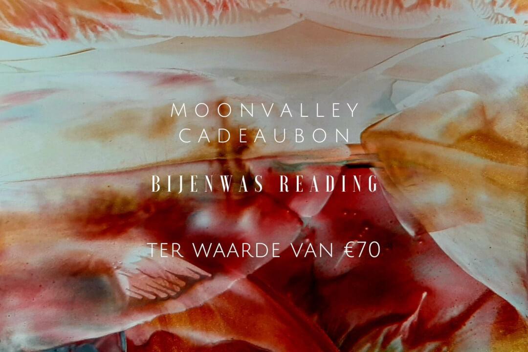 Moonvalley Cadeaubon - Bijenwaskaart met reading